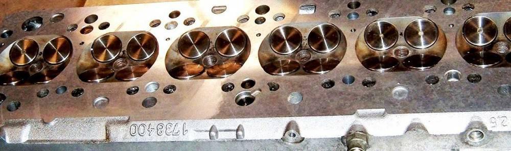 Zylinderkopf Komplettüberarbeitung 6 Zylinder BMW 525i 24V