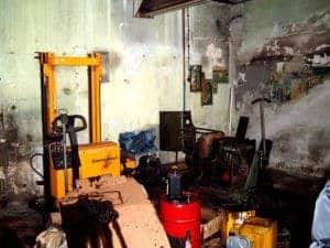 Müllhalde alte Motorenwerkstatt